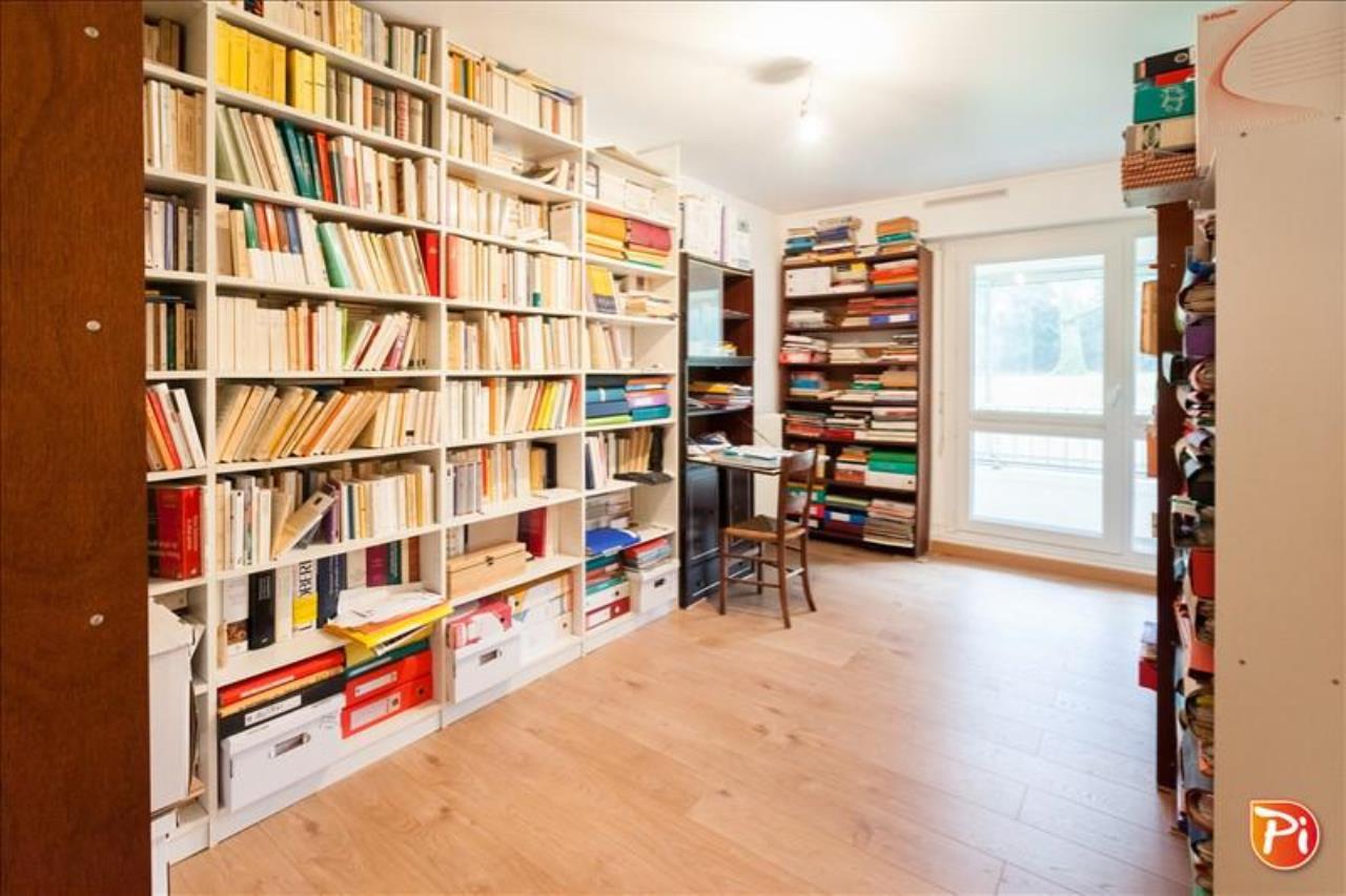 rez de jardin ste luce sur loire pi immobilier. Black Bedroom Furniture Sets. Home Design Ideas